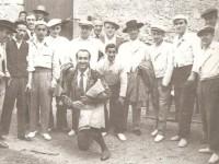 """Camiña, Tobío, Lucho, Peláez, Barral, Pedrito Rivas, Recuna, con traje de luces """"El flamenco de Vigo"""" (10 Mayo 1953)"""