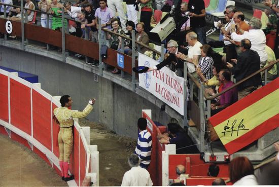 Brindis de Fandiño a Luis Mariñas en Coruña año 2011